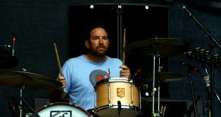 19 de marzo de 1976, nace Zach Lind de Jimmy Eat World