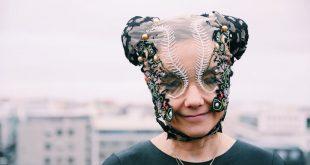 Así fue la impresionante aparición de Björk en tv luego de ocho años