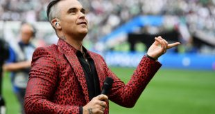 La polémica presentacion de Robbie Williams en la apertura de Rusia 2018