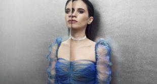 Javiera Mena confirma artista invitado para su concierto en el Teatro Caupolicán