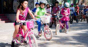 Cicletada de las niñas se toma la ciudad