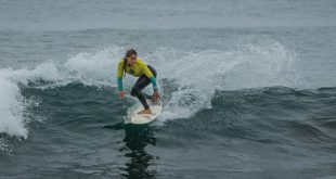 "Chilenas brillan en la primera jornada del Mundial de Surf ""Maui and Sons Pichilemu Women's Pro by Royal Guard"""